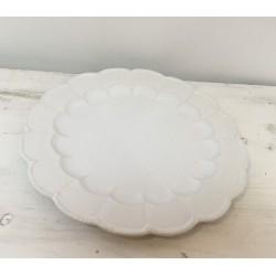 Prato grande em flor branco...