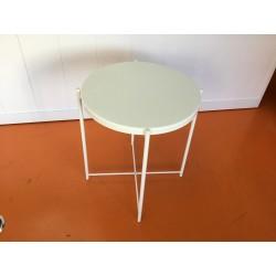 Mesa branca 44 cm...