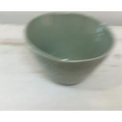 Taça pequena verde claro...