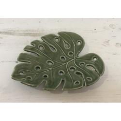 Prato folha verde 17x15cm...